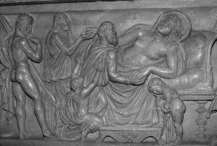 Fig. 6: Saint Aignan Sarcophagus (central scene). Photo by author. with older men, naturally led to widowhood.