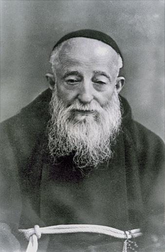 ST. LEOPOLD MANDIC DATES: 5/12/1866 7/30/1942 FEAST DAY: JULY 30 BEARER OF MERCY S BURDEN Jubilee Year of Mercy: JULY For nearly 30 years, this frail and sickly Capuchin priest from Padua, would