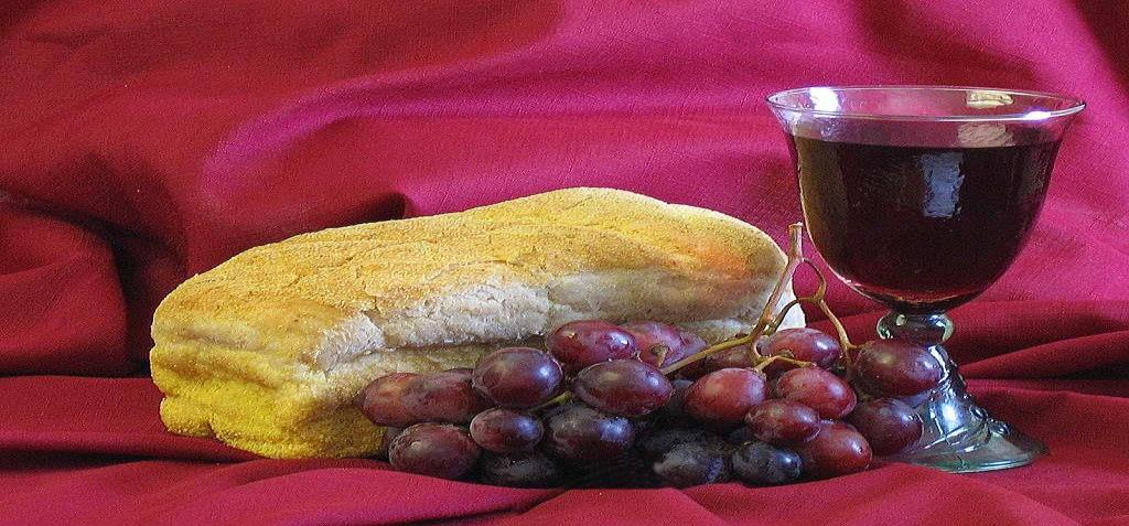 The LORD s Supper (Communion) Before the communion, the two persons who will distribute the bread and wine should be ready in front holding the bread tray and wine tray.