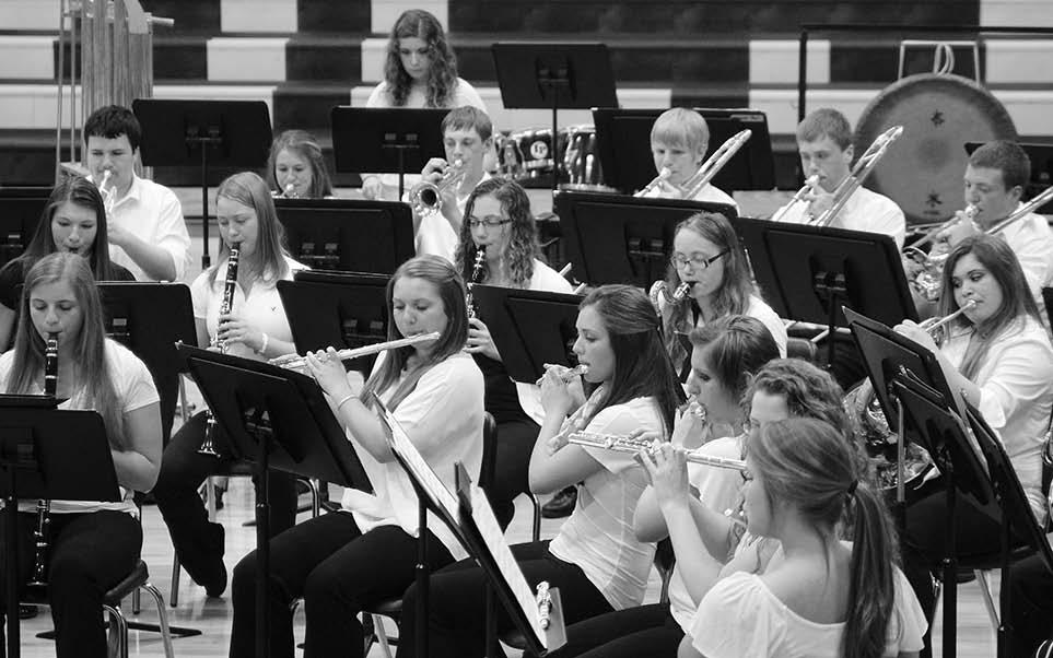 6 Wednesday, June 4, 2014 SHS Spring 2014 The Sigourney High School Band thrilled