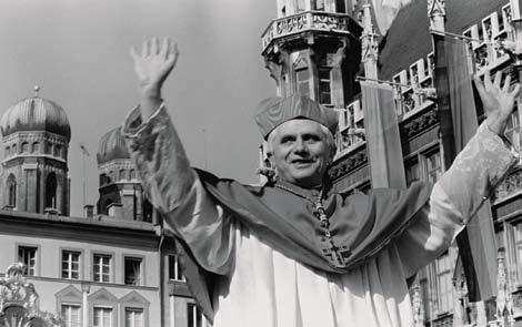 THE REFORMER REFORMS 79 Bidding farewell to Munich, Cardinal Joseph Ratzinger walks through a crowd of believers, following a service in Munich s cathedral.