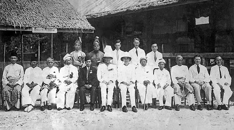 A group photograph of the members of the Brunei State Council (Chair-HRH Sultan Ahmad