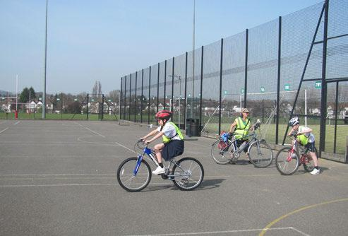We started the day with lesson 1 at school. After that we got changed and went out to get our bikes.