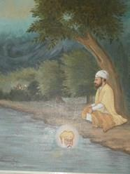 Complete Surrender to Guru Nanak Dev Ji It was Sri Guru Nanak Dev Ji s routine to get up early in the morning (after midnight; four hours before sunrise) and go bathe in the Ravi (rwvi) River.