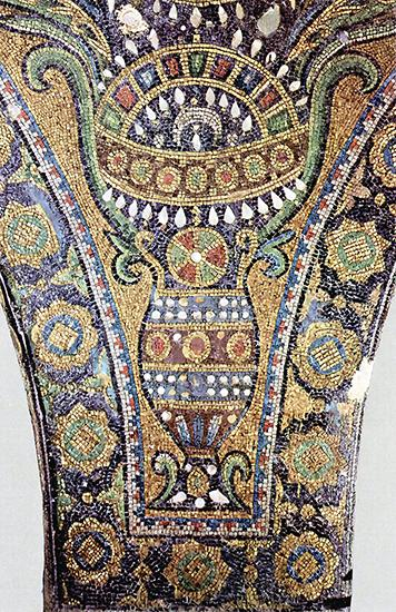 Mosaic detail from the Dome of the Rock (public domain) The Byzantine Empire stood to the North and to the West of the new Islamic Empire until 1453, when its capital, Constantinople, fell to the