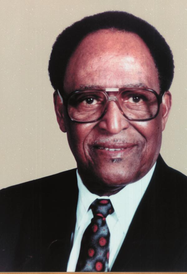Bishop Elzie W. Young Presided 1964-1989 Bishop Elzie William Young was born on October 13, 1913 to Julia and Levite Young in Fayette County of Lexington, Kentucky.