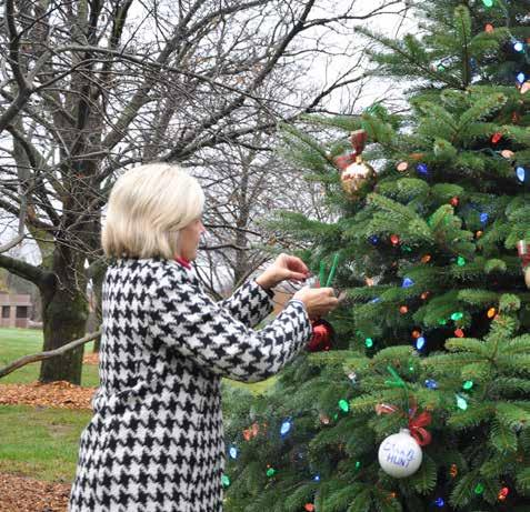 loved ones during the Advent season. Four hundred ornaments were placed on the tree.