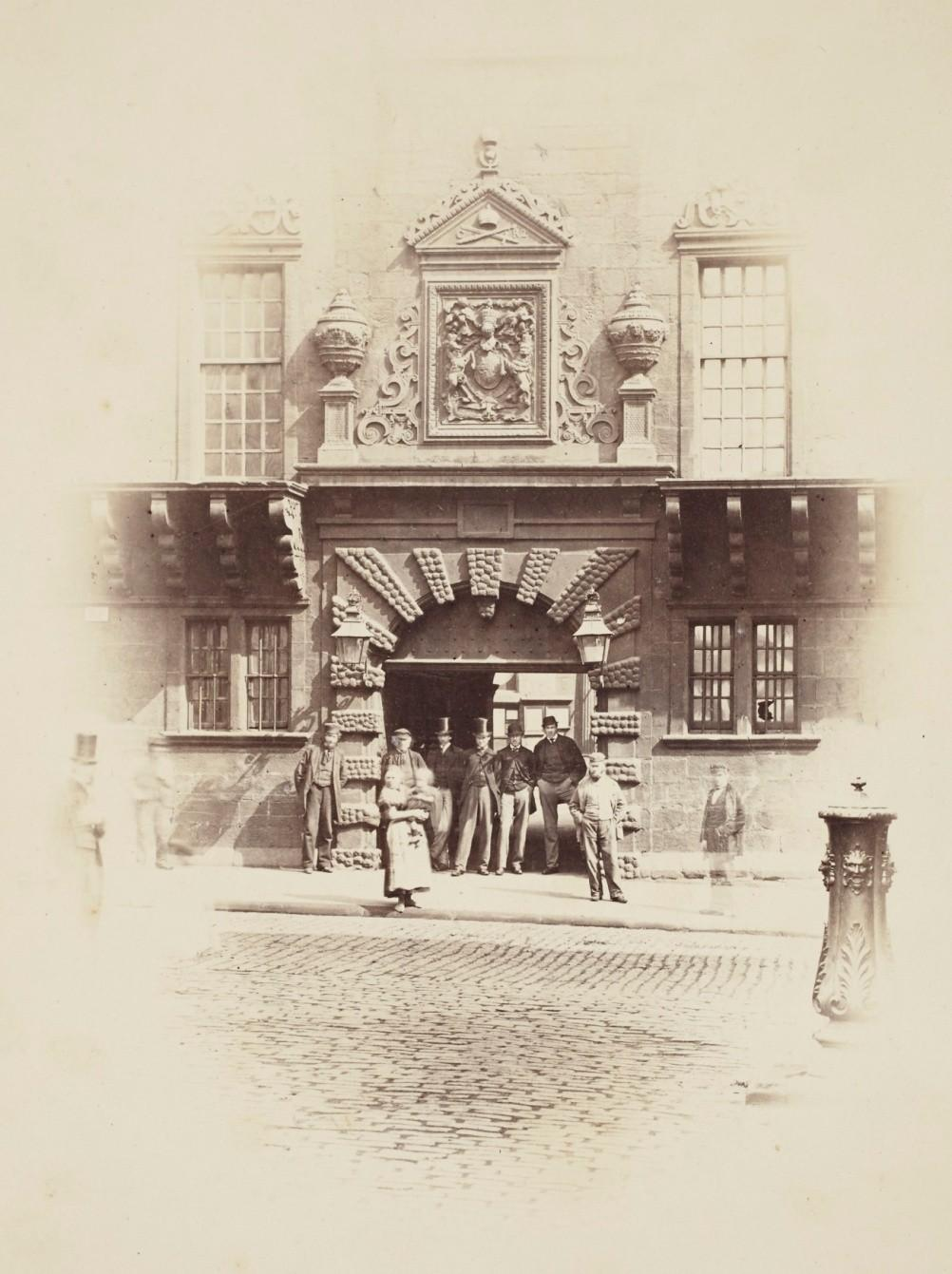 1. High Street entrance to Glasgow College. The gateway was erected by the middle of the 17 th century.