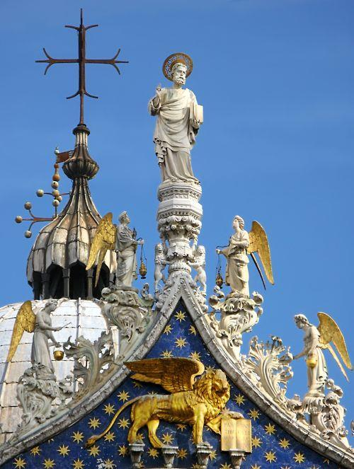 Detail of the gable showing Venice's patron apostle St.