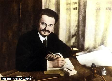 Leon Trotsky I INTRODUCTION Leon Trotsky Leon Trotsky led the revolution that brought the Bolsheviks (later Communists) to power in Russia in October 1917 and subsequently held powerful positions in