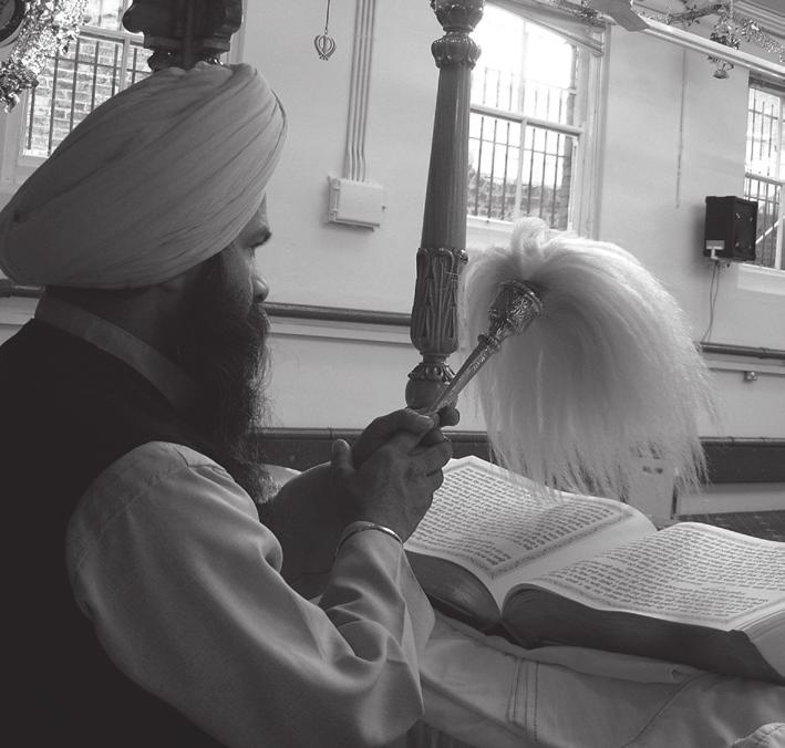 Worksheet 1.5 Who are the Sikh Gurus and how do they influence Sikh belief and practice today? 1 All of the ten Gurus, and the Guru Granth Sahib Ji, are equally important.