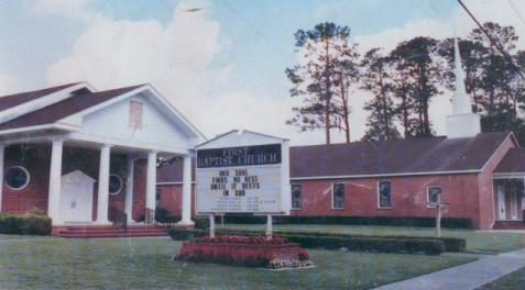 In February 1967 the church voted to construct a new pastorium on South Sixth Street (this pastorium is currently being used today).