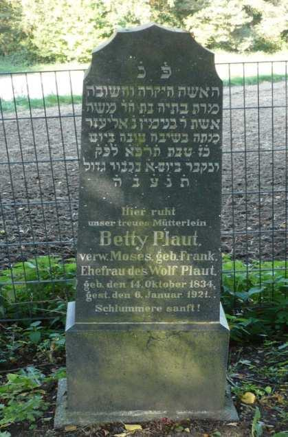 Wolf Plaut died in Frielendorf on 09 Apr 1888, Betti Frank Plaut widowed Moses died there on 06 Jan 1921 at the age of 87 years.