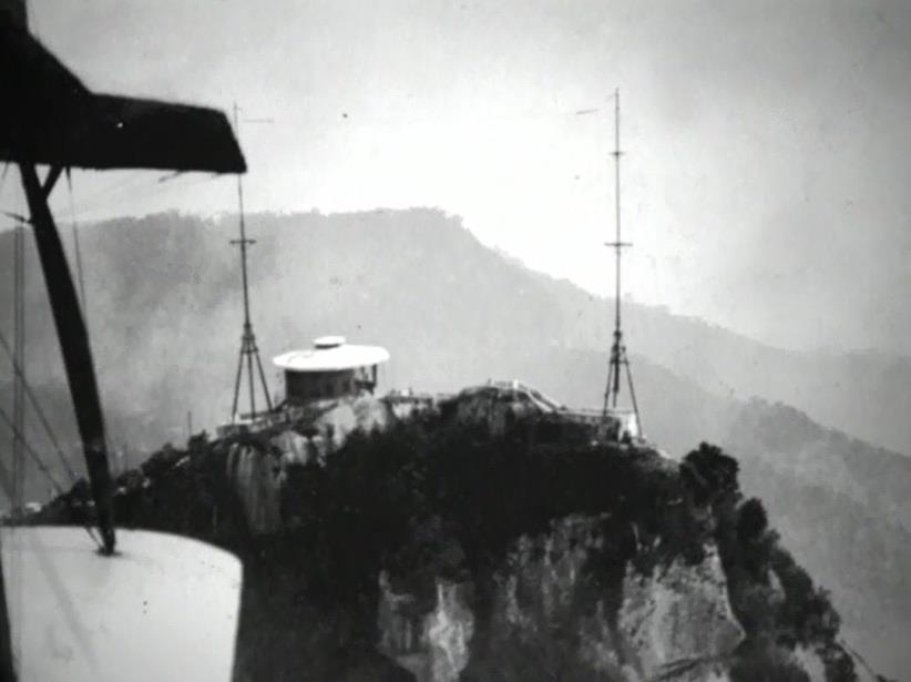 Heitor was inspired by radio antennas atop the Corcovado Mountain which formed a large cross of 40 metres high by 40 metres