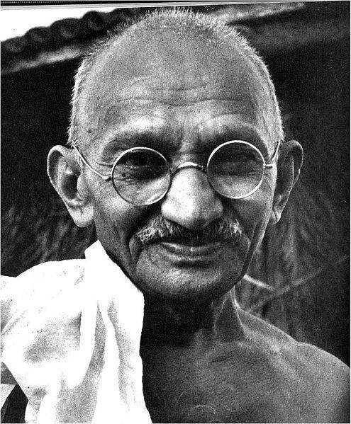 GANDHI'S TACTICS OF NONVIOLENCE Mohandas K. Gandhi emerged as the leader of the independence movement.