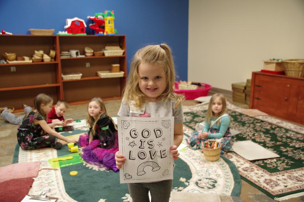 THREE S FOUR S Connection Points: God made me, God loves me I am beginning to recognize Bible stories and symbols of faith Guided play helps me learn about and appreciate others I am learning about