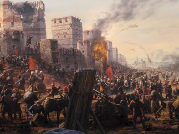 THE BATTLE FOR CONSTANTINOPLE Constantinople put up a FIGHT before falling to the Ottomans.