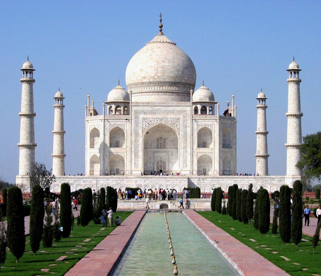 Classic India The Taj Mahal. Famous mausoleum in Agra.