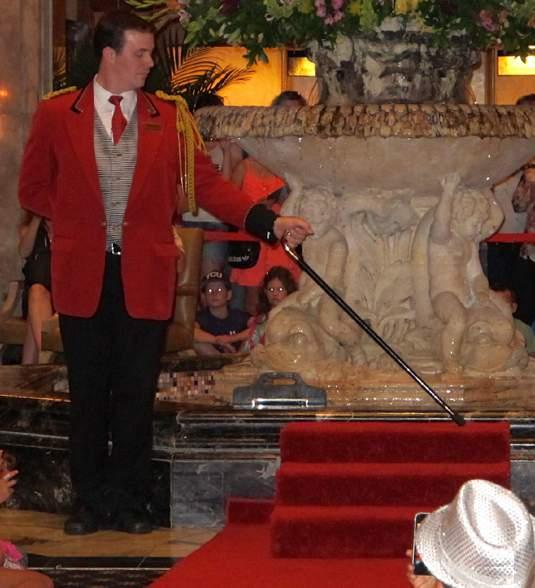 nt at 5 p.m. Peabody Hotel 4:30-5:30 p.m. Participants finished their museum tours just in time to grab good seats to watch the ducks leave the lobby fountain and go up the elevator at the Peabody Hotel.