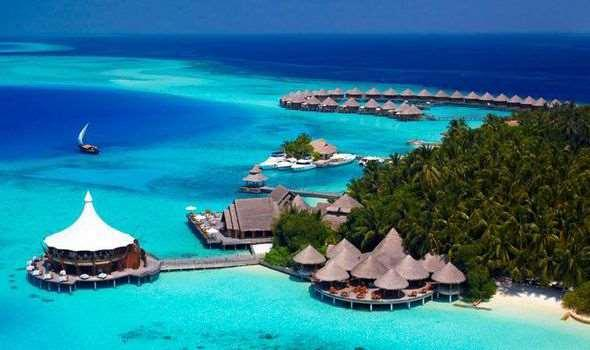 The Maldives Maldives is archipelago island group of 1,200 small islands