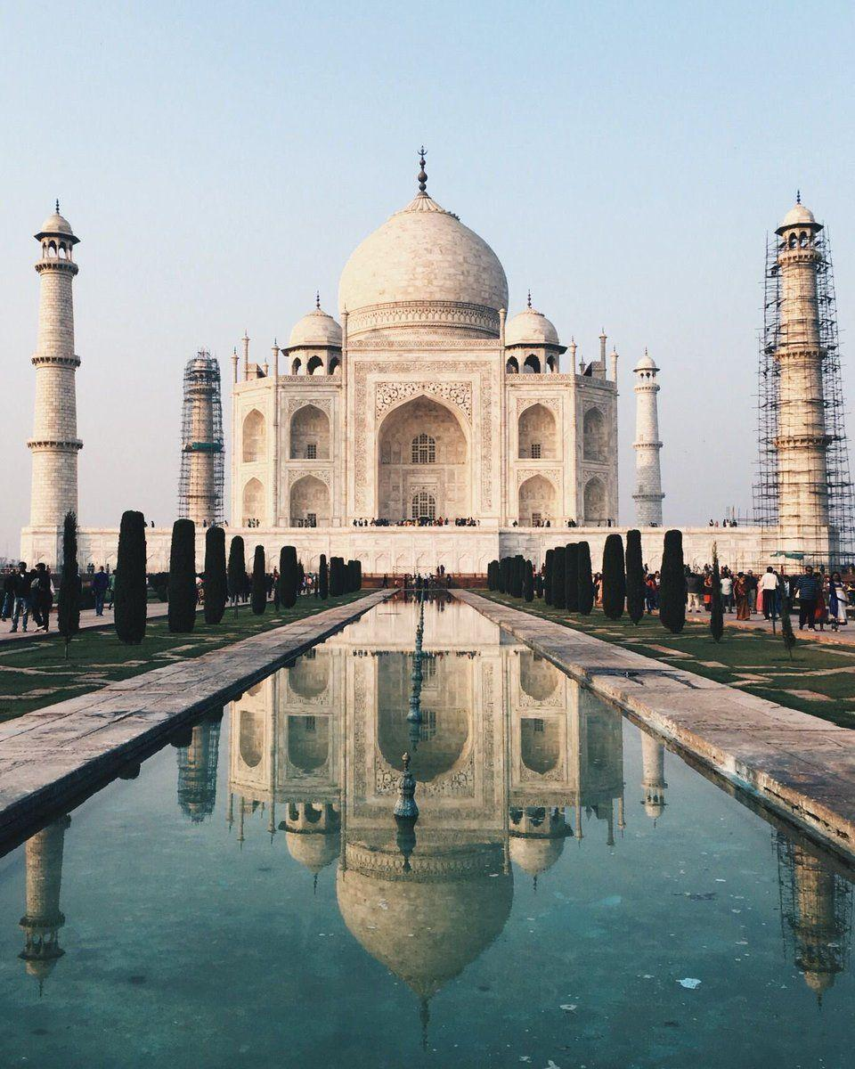 MUGHAL EMPIRE Mughal ruler Shah Jahan lost his wife Mumtaz Mahal during childbirth- had the