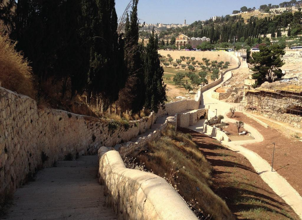 Walking Free DAY 4 - Monday, Sep. 3 Old Testament Jerusalem The kings, their women and the men who held them accountable. Focus on the origins of Jerusalem, Kings and Prophets of Juda.