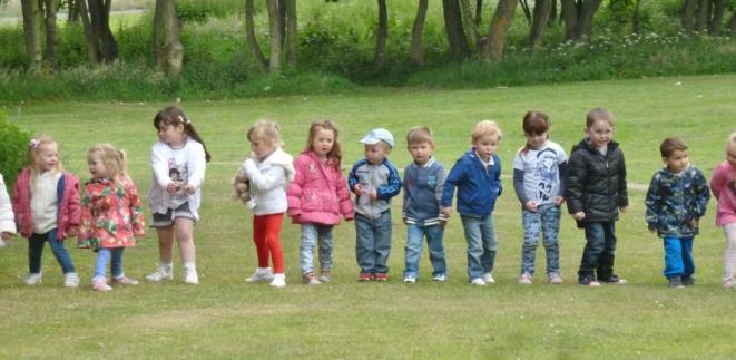 AULD KIRK NURSERY NEWS We had a lovely picnic at the end of June at James Ramsey park, mums, dads, grandparents came along to watch us do our potted sports and