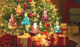 PUJAS & CEREMONIES Annual Christmas Eve Puja Sunday 24 December (6.30 pm 8.30 pm) Join us for our annual Shakyamuni Buddha puja, offering all the Christmas trees and lights in the world!