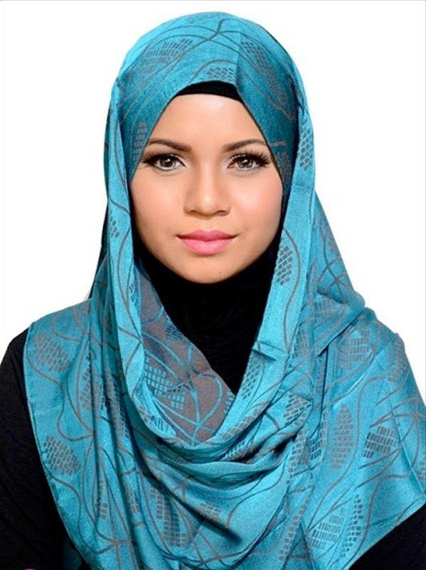 Free Women in Islam Most women observe hijab, a term for modest dress in a general sense Women could study and read,