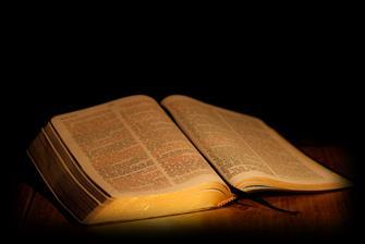 Scripture Readings For Sunday, March 26, 2017 Lesson Text Large Print Small Print Old Testament Reading Isaiah 42:14-21 Pg. 1125 Pg. 822 New Testament Reading Ephesians 5:8-14 Pg. 1822 Pg.