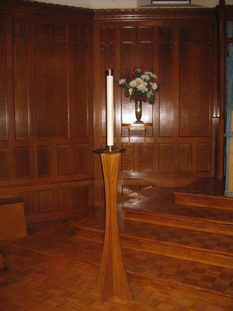paneling of the chancel) 14: