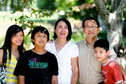 United States Light to the nations Anabaptists bridge differences in language, ethnicity and age North America Sunoko Lin and family Sunoko Lin, Mennonite pastor in Los Angeles Why did you choose to