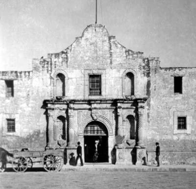 Remembering Photo Credits: Cover, page 17: Royalty-Free/CORBIS; pages 8, 9, 10: ArtToday; back cover, title page, pages 5, 11: Library of Congress the Alamo Remembering the Alamo Level T Leveled